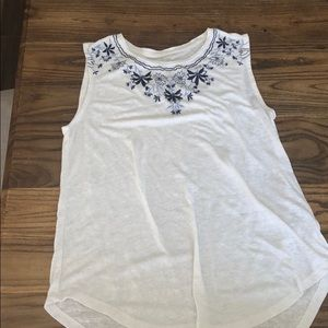 Old navy muscle t